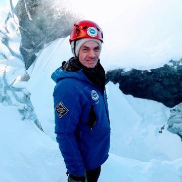 Blue Iceland Glacier Guide Ragnar